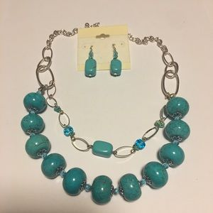Jewelry - Turquoise Necklace & Earrings